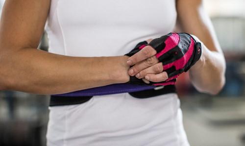 Harbinger womens pro wash & dry 2 fitness handschoenen sluiten