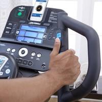 Life Fitness E3 Track+ Crosstrainer - Demo-3