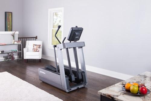 Life Fitness FS4 crosstrainer 1