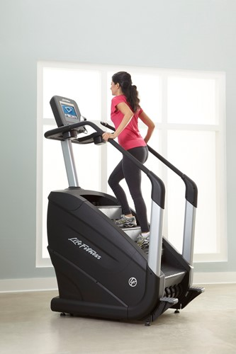 Life Fitness Powermill Stairclimber Discover SE - Gratis montage