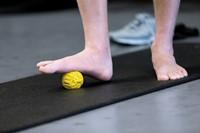 SKLZ Foot Massage Ball 6