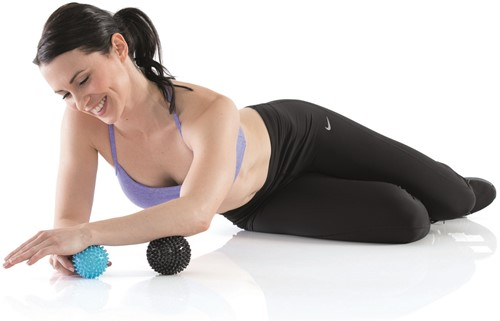 Gymstick Active gestekelde massage bal set 2 stuks-2